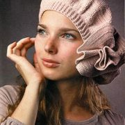 beige beret with big flower